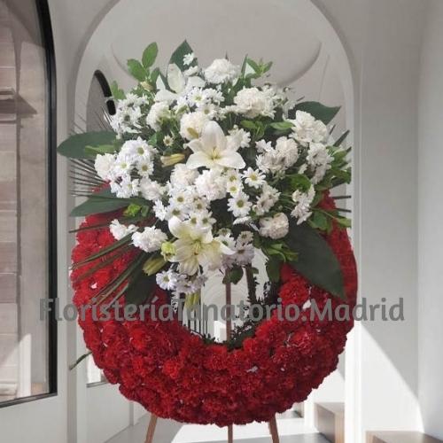 Corona de flores para difuntos especial compuesto de un aro rojo